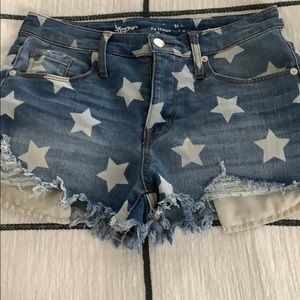 Mossimo Distressed Star Denim / Jean Shorts
